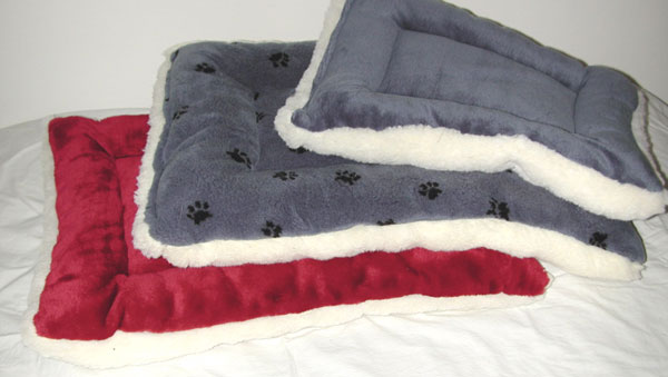 Lambskin Fleece Dog Crate Pads Amp Stuffed Dog Beds That Fit